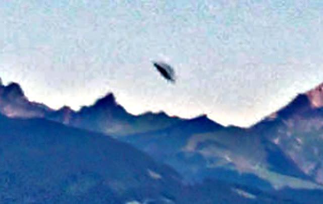 UFO News ~ UFO Exiting Base Over Swiss Alps plus MORE Switzerland%252Cmountains%252C%2B%252C%2Baliens%252C%2Balien%252C%2BET%252C%2Bplanet%2Bx%252C%2Banunnaki%252C%2Bgods%252C%2Bgod%252C%2Bangels%252C%2Bdemons%2BMars%252C%2Bsecret%252C%2Bwtf%252C%2BUFO%252C%2Bsighting%252C%2Bevidence%252C%2B3%2Bcopy1
