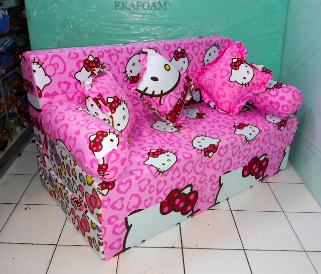 Sofa bed inoac motif hello kitty pita ping