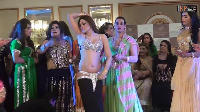 Ghazal Nanga Mujra Dance on Song Shakeera 2017