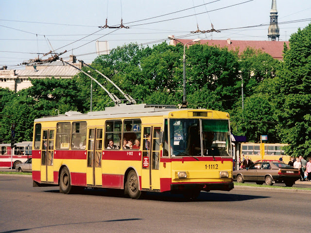 Skoda 14Tr на улице Риги