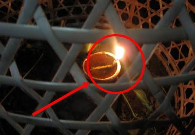 Astaghfirullah..!! Inilah Hukum Mengubur dan Memberi Lampu Ari-Ari ...