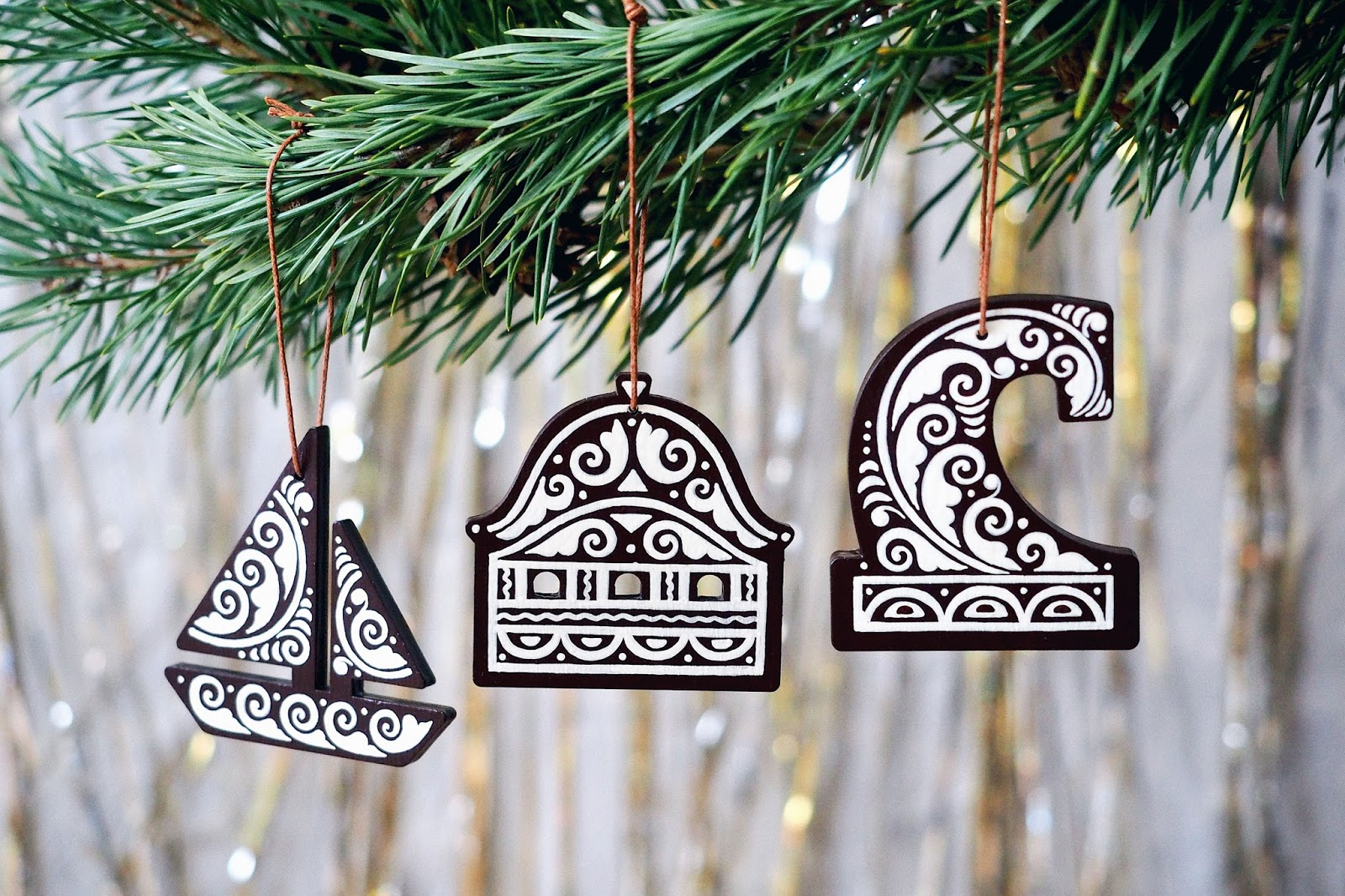 Handmade Christmas Ornaments on Packaging of the World  Creative