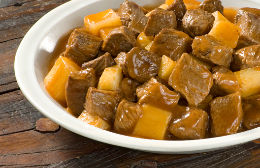Carne e batatas (Imagem: Reprodução/Receita da Vovó)