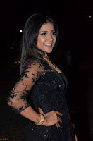 Sakshi Agarwal looks stunning in all black gown at 64th Jio Filmfare Awards South ~  Exclusive 064.JPG