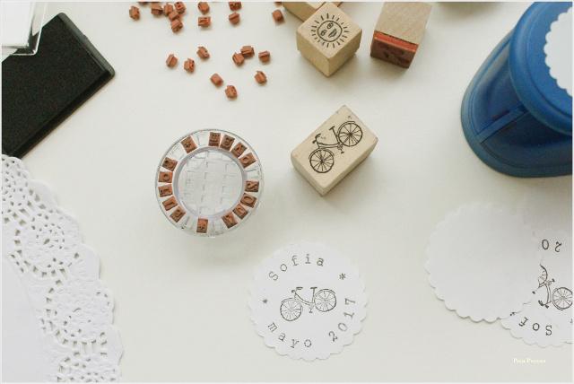 como-hacer-sobres-papel-diy-envolver-regalos-primera-comunion-sellos-nombre