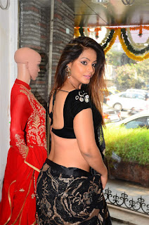 Neetu Chandra in Black Saree at Designer Sandhya Singh Store Launch Mumbai (34).jpg