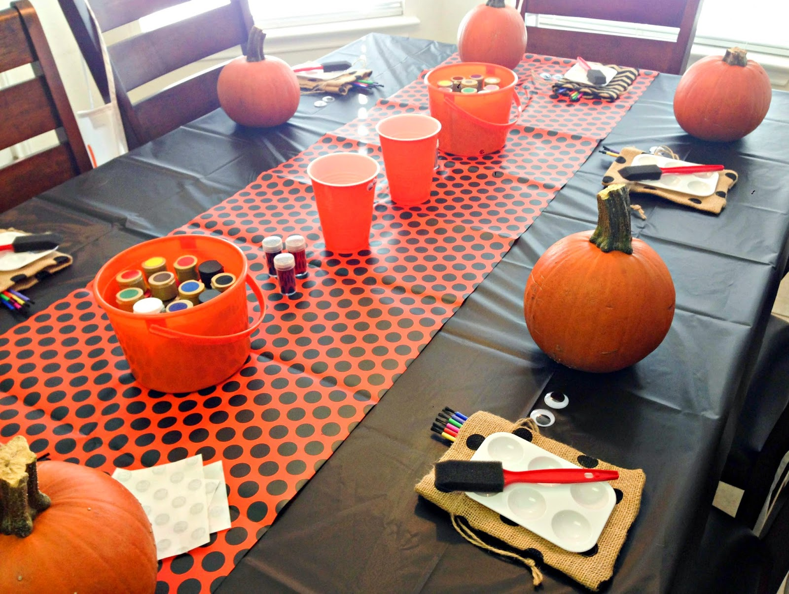 22 Of The Best DIY Fall Festival Ideas 2071183324