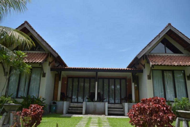 cottage grand elty krakatoa resort