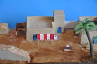1/144 African house