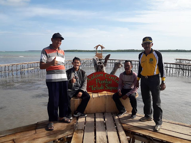 Wisata Pantai Teluk Sapoong