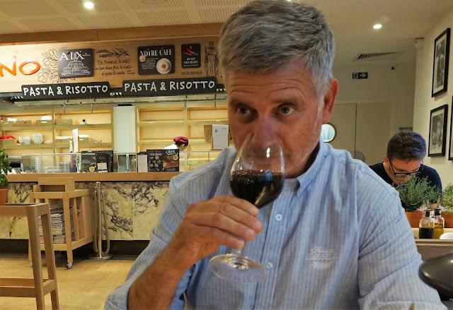 vin Italien végé aix rotonde hivency