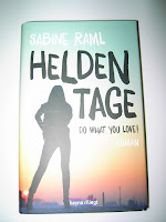 https://bienesbuecher.blogspot.de/2015/05/rezension-heldentage.html