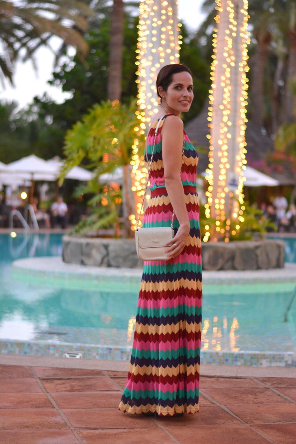 vestido-largo-colores-zara-outfit