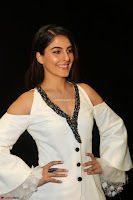 Isha Talwar Looks super cute at IIFA Utsavam Awards press meet 27th March 2017 07.JPG