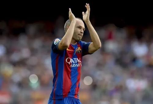 غموض حول تجديد انييستا لعقده مع برشلونة.. واللاعب: واجهت مشاعر غير مفهومة