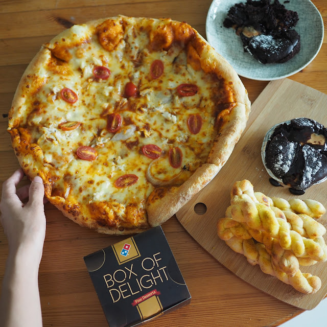pizza flatlay singapore december instagram 2016