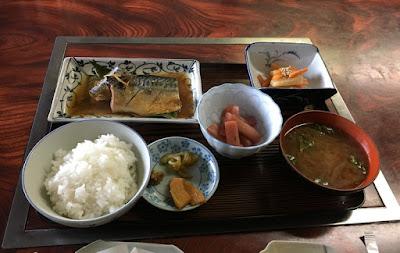 鹿小屋 コシヒカリ定食