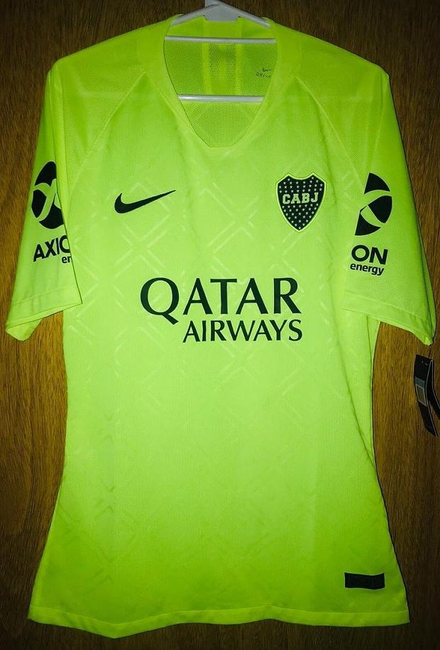 db25d0bf35 Nova terceira camisa do Boca Juniors tem imagem vazada - Show de Camisas