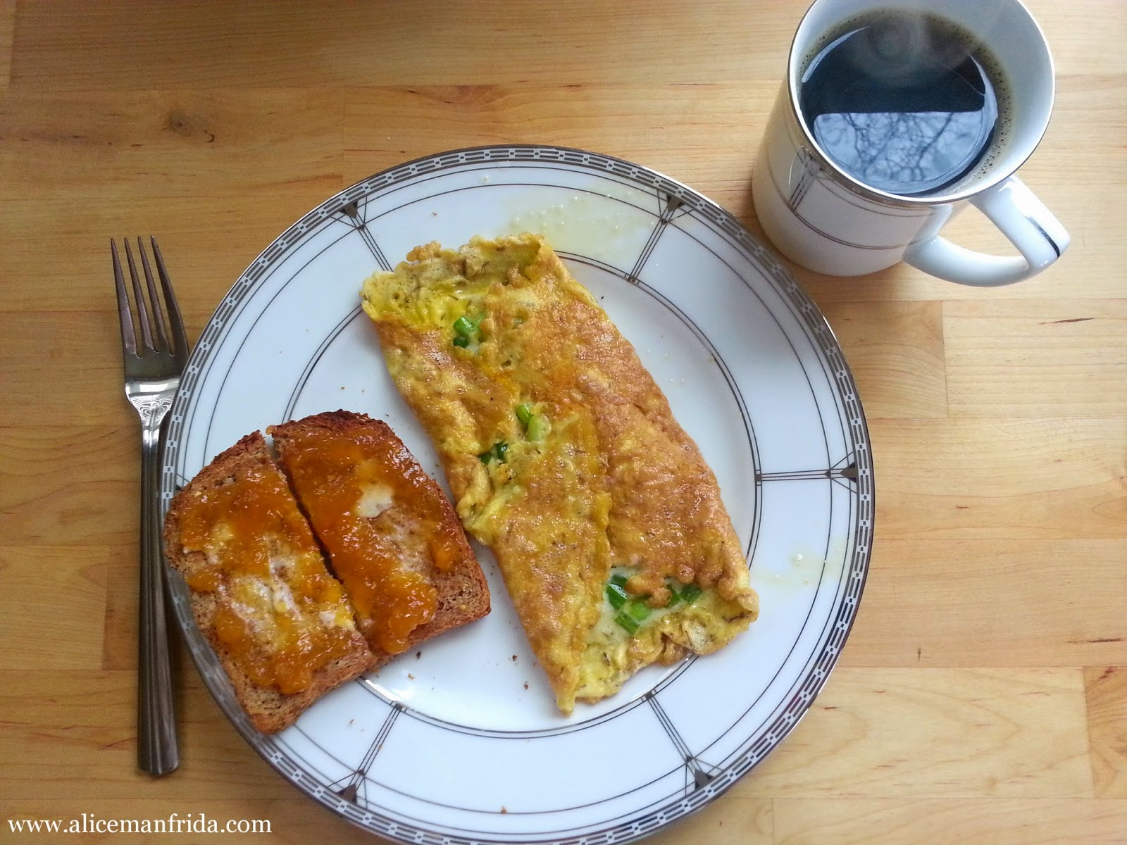 omelet, toast, coffee