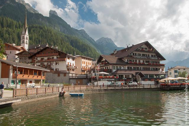 Alleghe turismo norte de Italia pueblos