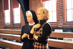 'THE MIGHTY MACS'(2009). Review of the real-life story of Cathy Rush with Carla Gugino. Text is © Rissi JC / RissiWrites.com