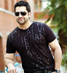 Aftab Shivdasani Family Wife Son Daughter Father Mother Age Height Biography Profile Wedding Photos