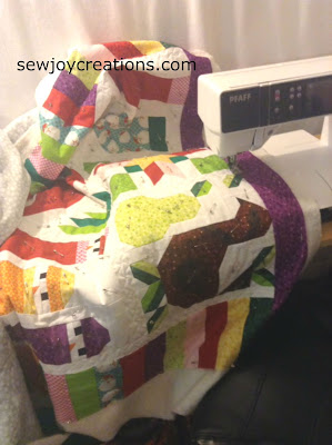 quilting jolly christmas quilt pfaff sewing machine