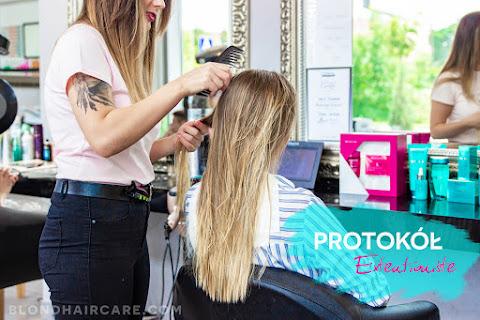 Kérastase Extentioniste - mam włosy jak z reklamy! ♡ Relacja z salonu - czytaj dalej »