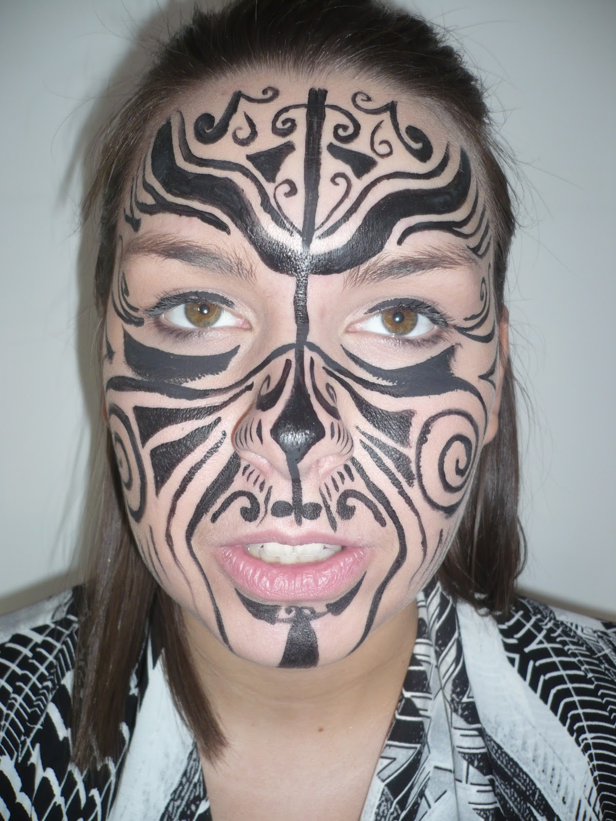 Maori Woman Face Tattoo: Hannah Elizabeth: Maori Tattoos