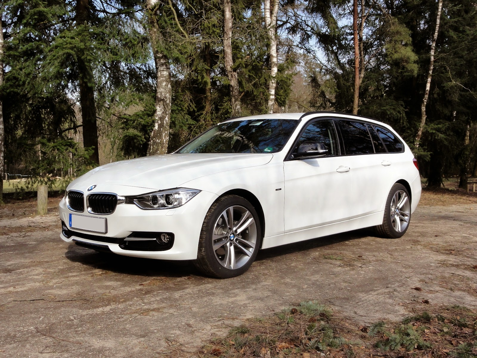 guitigefilmpjes picture update bmw 318d touring f31. Black Bedroom Furniture Sets. Home Design Ideas