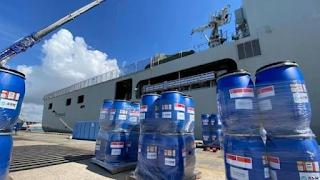 KRI Semarang-594 Jemput Bantuan dari Singapura