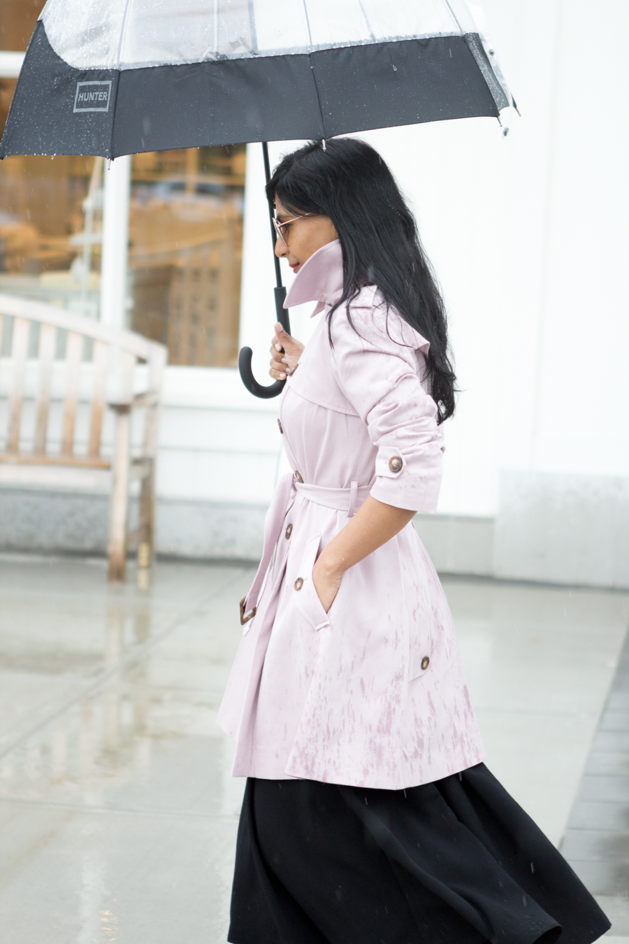 trench, trench coat, rain coat, spring topper, easy chic, preppy chic, blush coat, midi skirt, full black skirt, red lips, hunter, mommy style, mom style, petite fashion, boston