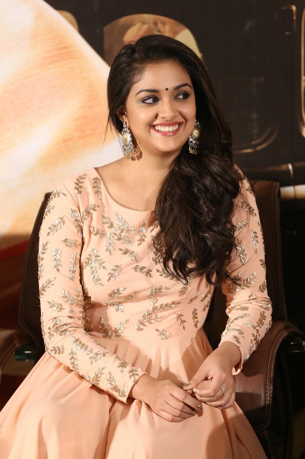 Beauty Galore Hd  Keerthy Suresh Super Cute At Mahanati -8629
