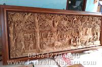 Ukiran relief motif perhutani jepara
