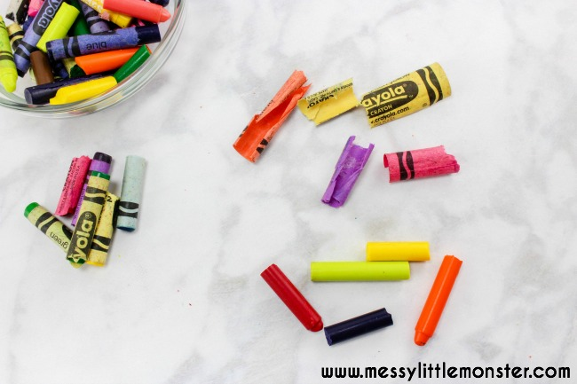 How to make shape crayons at home. Follow these easy instructions to recycle broken crayons into fun shaped crayons. A simple DIY and fun gift idea for toddlers and preschoolers as well as older kids. 'Knuffle Bunny' book activity idea.