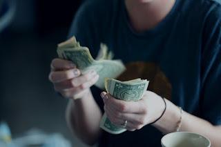 How build cash thausands dollar A month