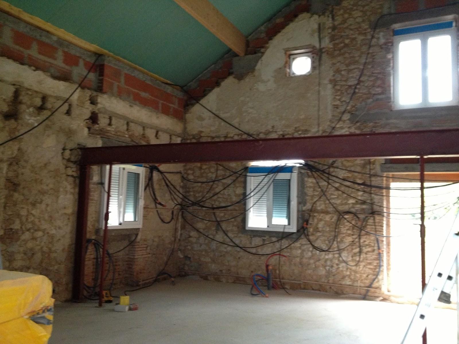 notre maison mezzanine structure m tallique. Black Bedroom Furniture Sets. Home Design Ideas