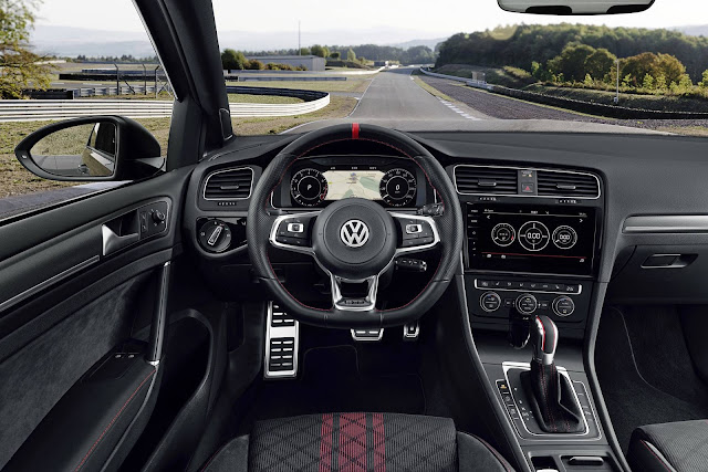 VW Golf GTI 2019 TCR 290 cv - painel