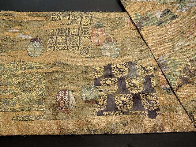 名物裂の仕覆に包まれた茶壺の絵柄