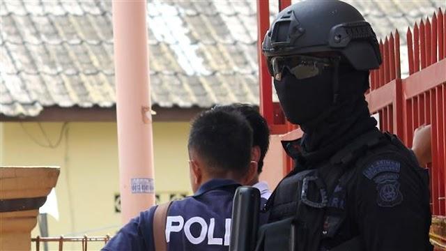 Indonesia police kill three militants, find explosives in raid near Jakarta