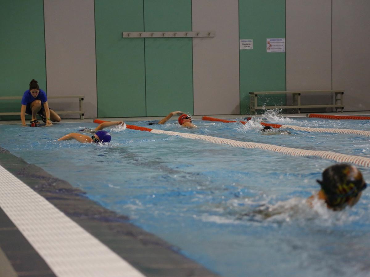 Alcover impulsa la campanya 39 cap nen sense saber nedar for Piscina alcover