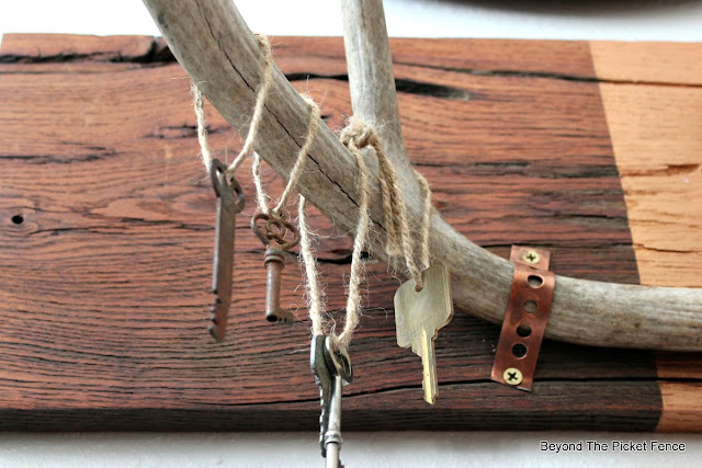 antlers, old keys, rustic decor, copper paint, Matthew Mead, fusion mineral paint, plumbers tape, http://bec4-beyondthepicketfence.blogspot.com/2016/01/rustic-chic-marriage-contracts.html
