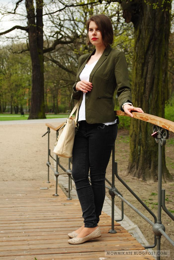 Outfit with green jacket- stylizacja z zielonym (oliwkowym) żakietem