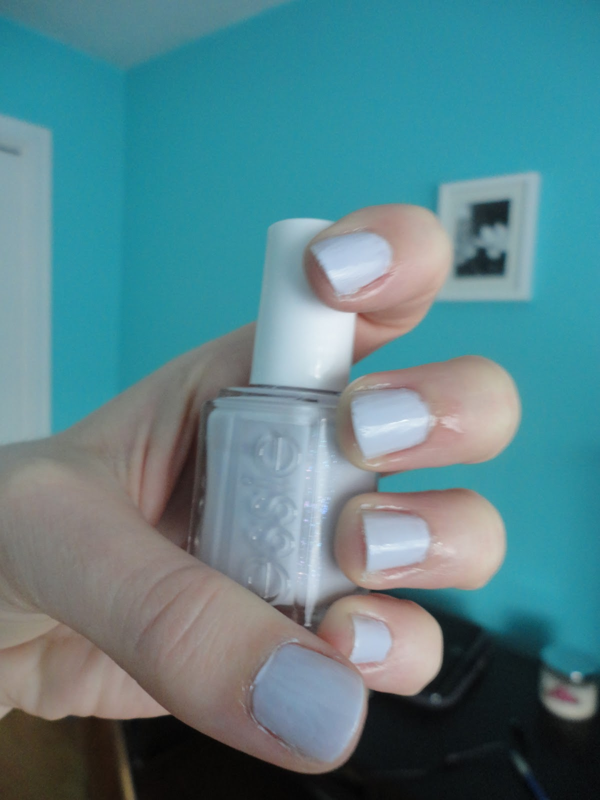 Nail of the Day: Essie \'To Buy or Not to Buy\'!   Natalie Loves Beauty