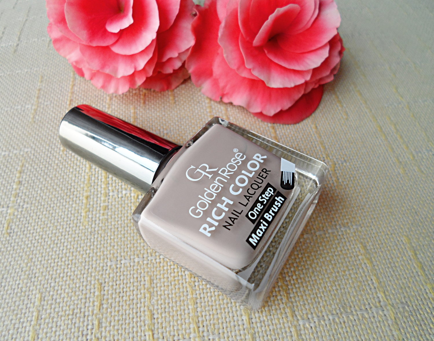 Rich Color Nail Lacquer by Golden Rose