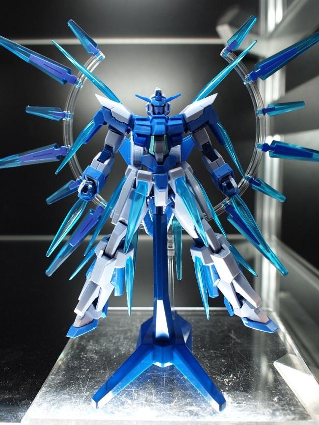 聯邦隊長のりょういき: 2012 第52回全日本模型Hobby Show現場展示:HG 1/144 Gundam AGE-FX Burst(FX爆發模式)