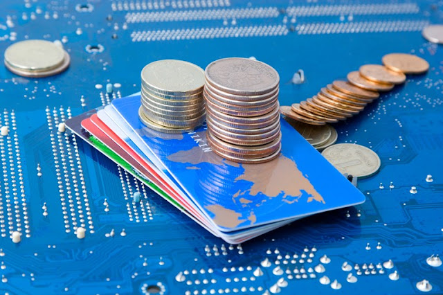 Tiền số và ngân hàng: Lợi thế của các hệ thống tài chính phi tập trung.