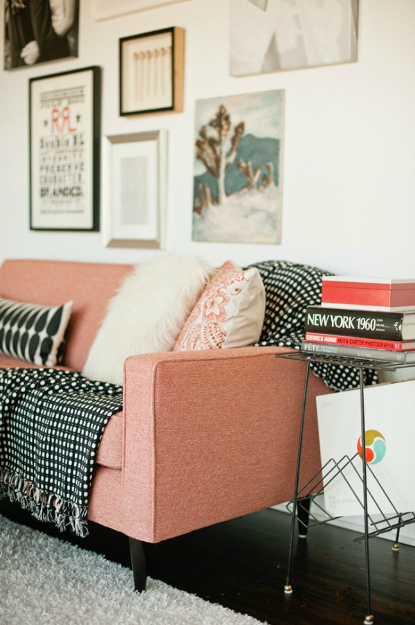 {Color Combo} Beautiful spaces and inspiration using Black, White and Pink. - LITTLE HOUSE OF FOUR