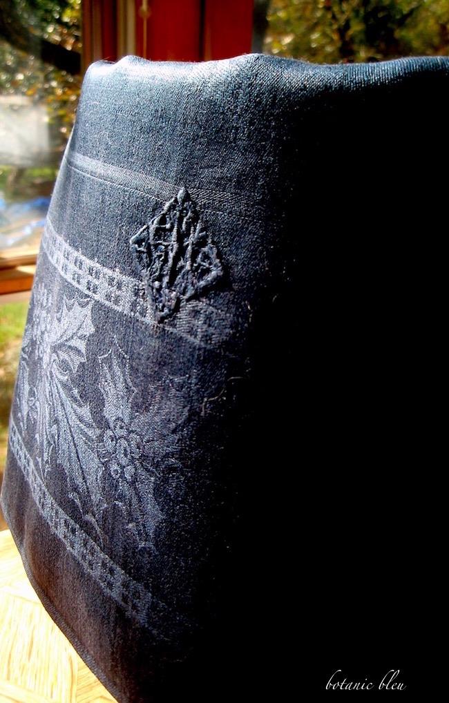 vintage-french-linen-black-holly-damask