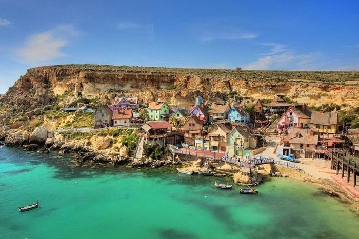 Kỳ bí ngôi làng của thủy thủ Popeye ở Malta -1